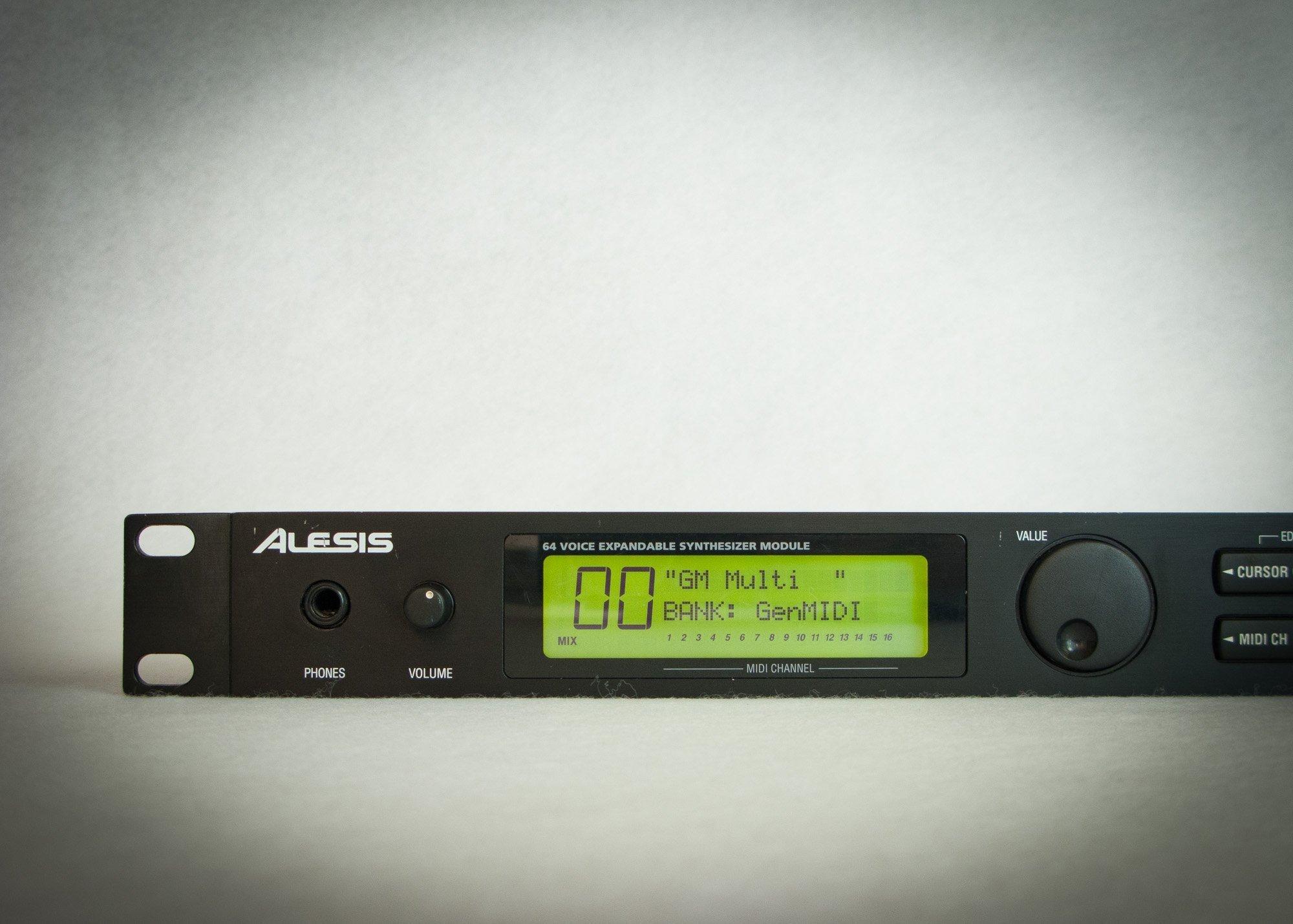 Alesis QSR Synth Module